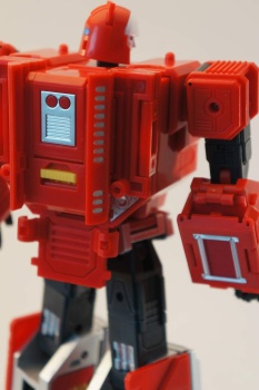 [KFC Toys] Produit Tiers - Jouet Transistor (aka Blaster/Tempo) + DoubleDeck (Twincast) + Fader (aka Eject/Éjecteur) + Rover (aka Autoscout) - Page 2 Neg0Jtpl
