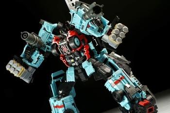 [MakeToys] Produit Tiers - Jouet MTCM-04 Guardia (aka Protectobots - Defensor/Defenso) - Page 3 OY51gM5Z