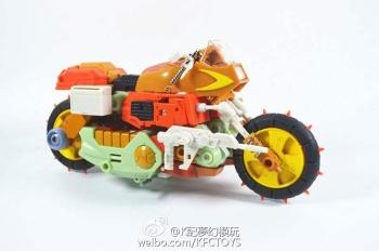 [KFC Toys] Produit Tiers - Jouets Crash Hog (aka Wreck-gar/Ferraille), Dumpyard (aka Junkyard/Décharge) et autres Junkions/Ferrailleurs RjiVQdVG