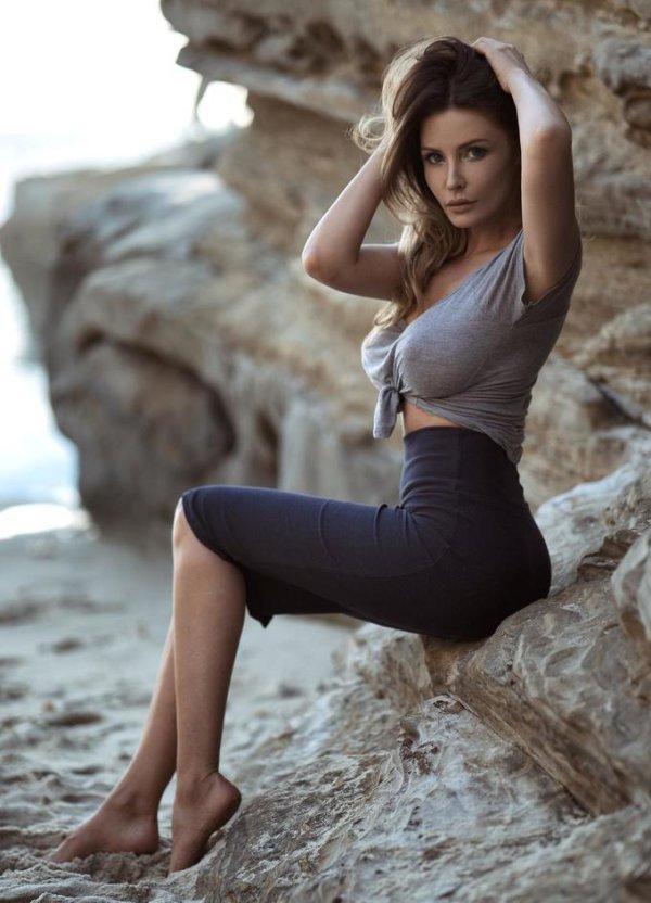 [mékilékon] n°83 :une femme est un être sans défense jusqu'à ce que son vernis soit sec Tumblr_o8b4id9Nso1s1ddrjo1_1280