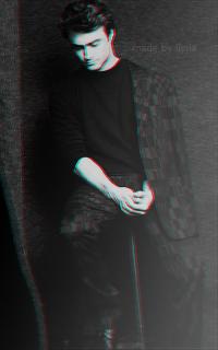 Daniel Radcliffe - 200*320 Tumblr_o7agtpe5jo1r1hz6jo7_250