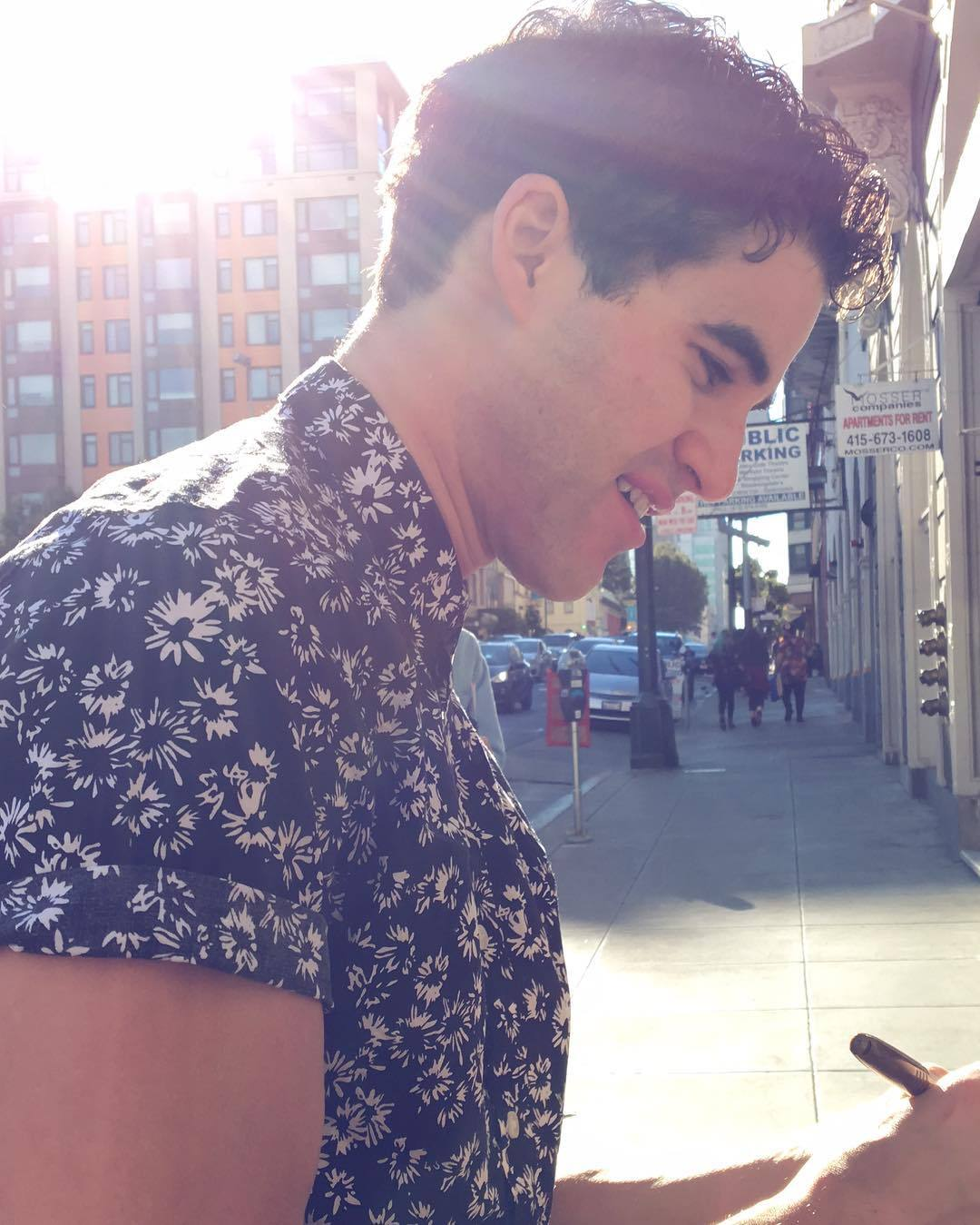 "publicarts - Pics, gifs, media videos, curtain call videos, stage door videos, and posts of ""who saw Darren"" in Hedwig and the Angry Inch--SF and L.A. (Tour),  - Page 3 Tumblr_oeyxlvFrwM1uetdyxo2_r1_1280"