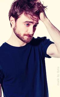 Daniel Radcliffe - 200*320 Tumblr_o7agtpe5jo1r1hz6jo6_250