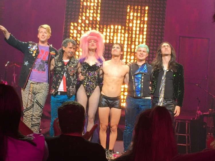 "HEDWIGTOUR - Pics, gifs, media videos, curtain call videos, stage door videos, and posts of ""who saw Darren"" in Hedwig and the Angry Inch--SF and L.A. (Tour),  - Page 3 Tumblr_ofa9hi2ong1qhk1jqo2_1280"