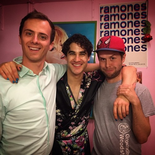 badapplesinthebigapple - Who saw Darren in Hedwig and the Angry Inch on Broadway? Tumblr_np6r4xjFhj1r4gxc3o1_500