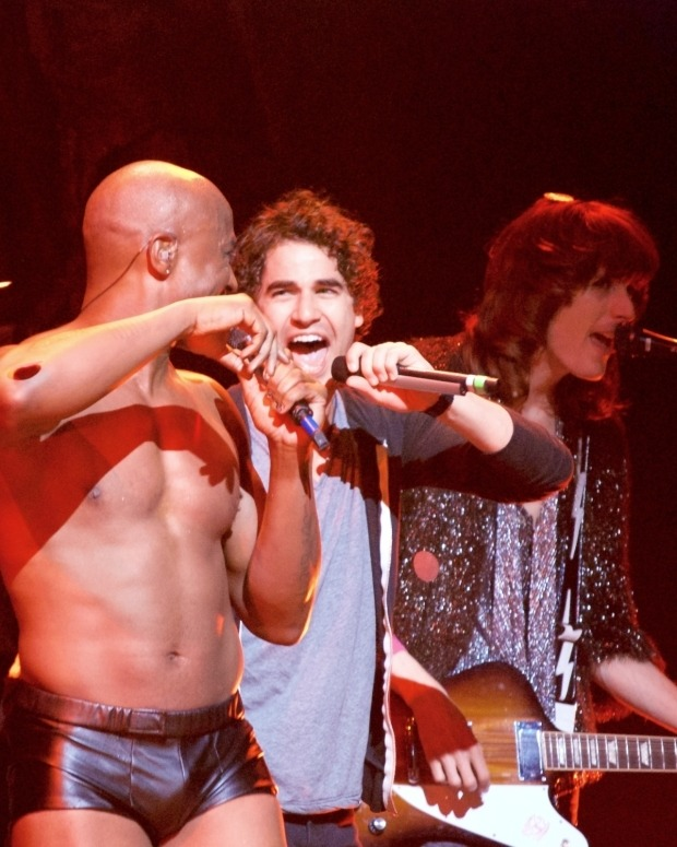 darrenishedwig - Pics and gifs of Darren in Hedwig and the Angry Inch on Broadway. - Page 2 Tumblr_nuocoaMaul1uetdyxo3_1280