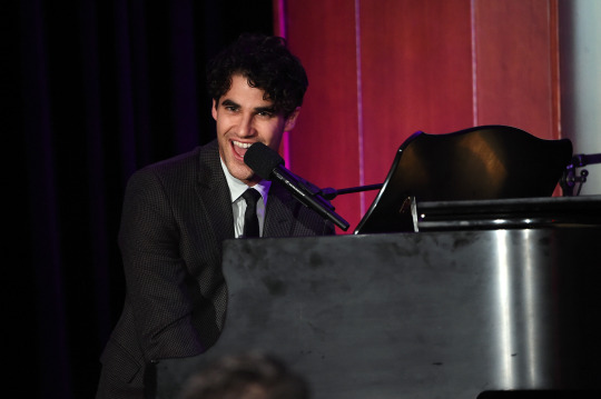 Gleek - Darren's Chartitable Work for 2015 Tumblr_no7q937Pb81qg49w0o3_540