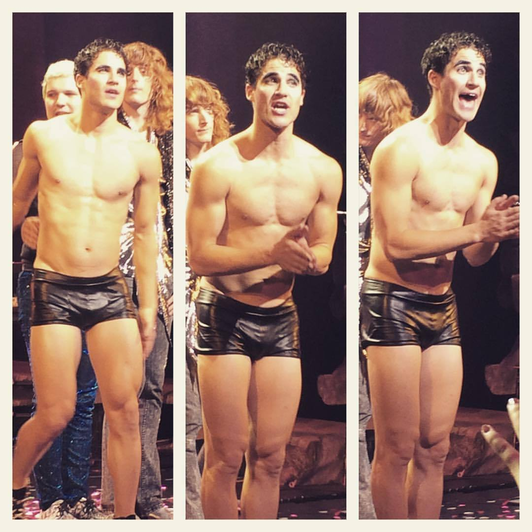 "publicarts - Pics, gifs, media videos, curtain call videos, stage door videos, and posts of ""who saw Darren"" in Hedwig and the Angry Inch--SF and L.A. (Tour),  - Page 3 Tumblr_ofbhhavyiX1qlbe4wo1_1280"