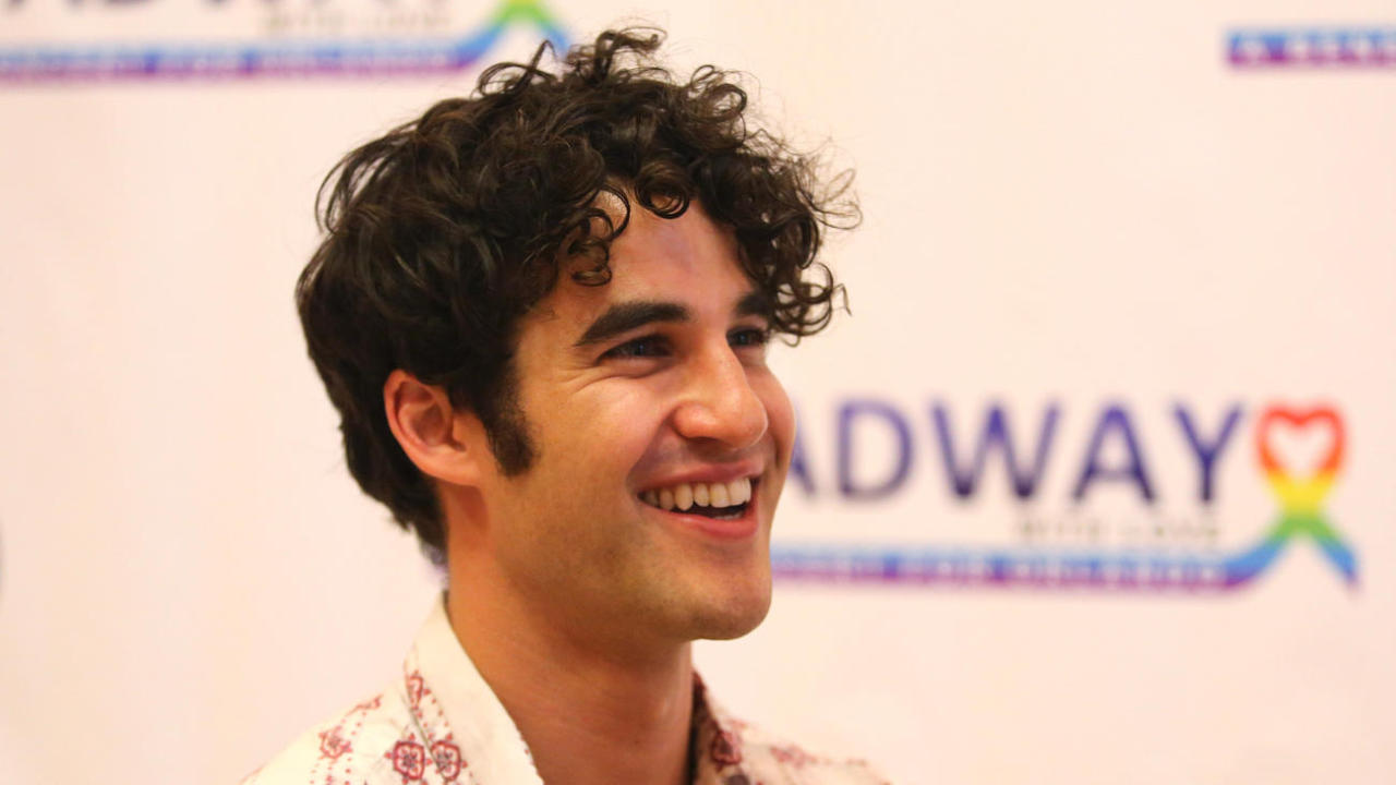 Topics tagged under frombroadwaywithlove on Darren Criss Fan Community Tumblr_oawiubJrak1ubd9qxo2_1280