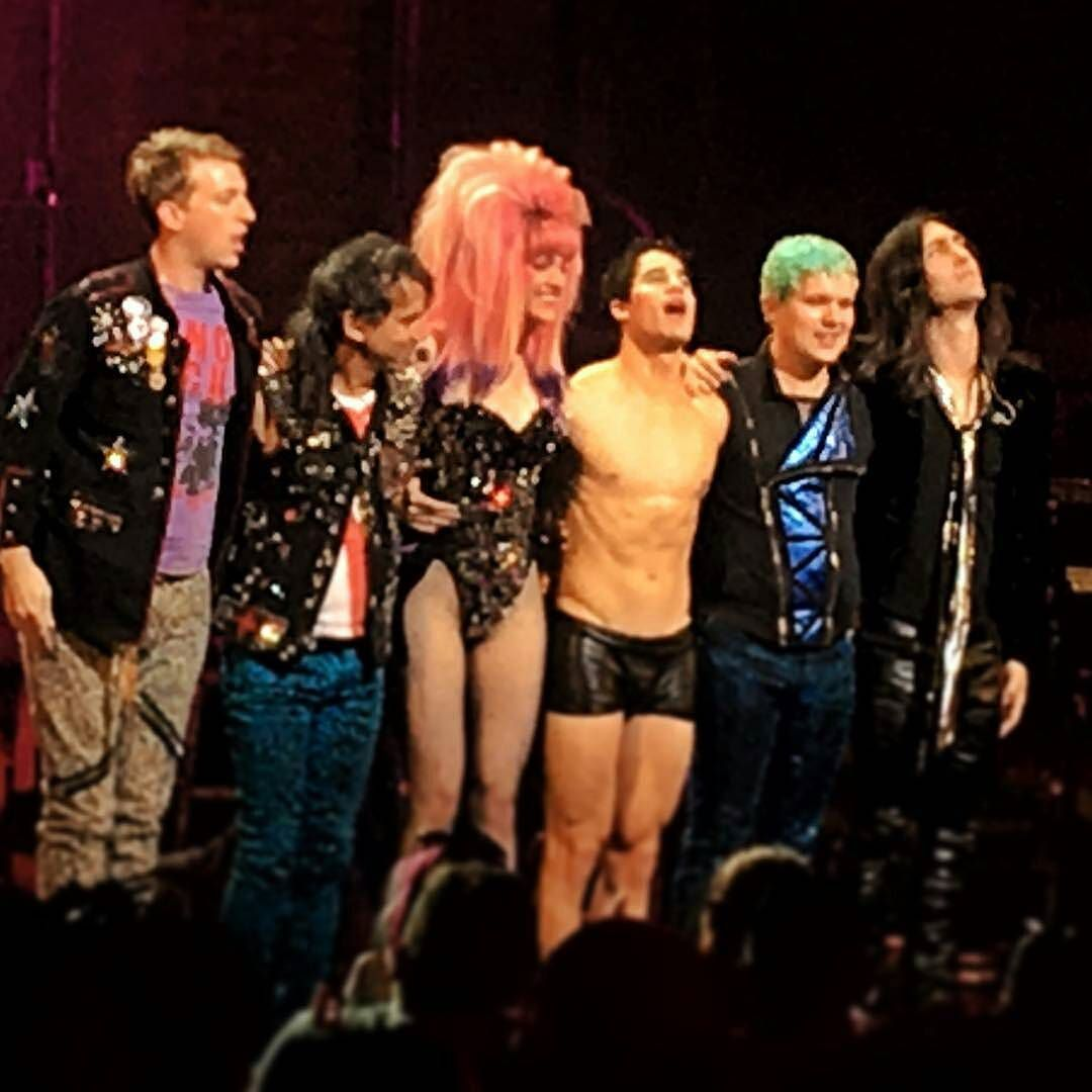 loveeachother - Fan Reviews, Media Reviews, and comments from members of the Media, about Darren in Hedwig and the Angry Inch--SF and L.A. Tour  - Page 3 Tumblr_ofa765sffQ1ubd9qxo1_1280