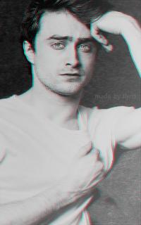 Daniel Radcliffe - 200*320 Tumblr_o7agysqrTS1r1hz6jo2_250