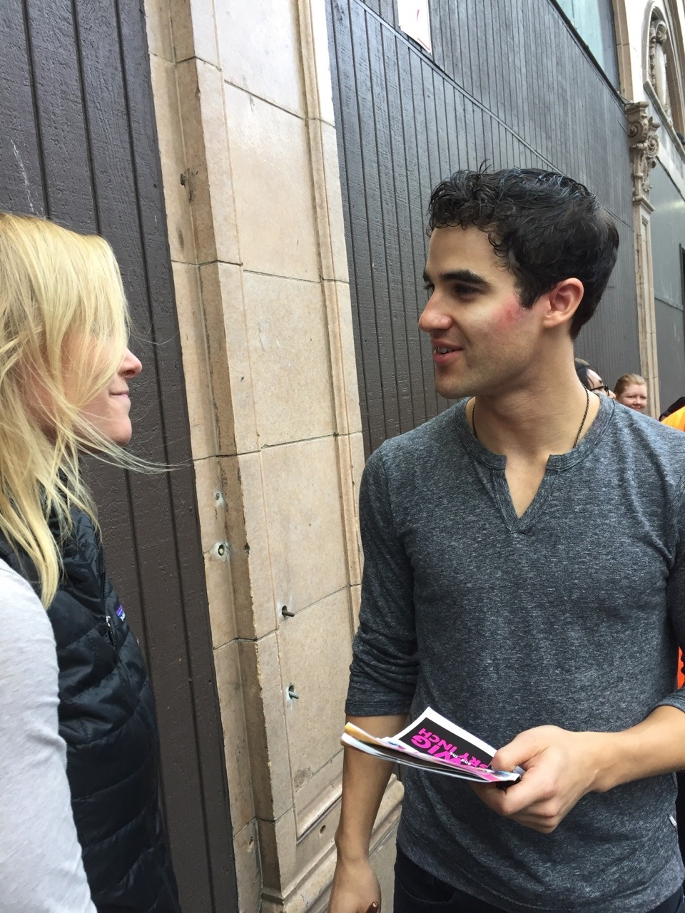 "publicarts - Pics, gifs, media videos, curtain call videos, stage door videos, and posts of ""who saw Darren"" in Hedwig and the Angry Inch--SF and L.A. (Tour),  - Page 3 Tumblr_of6baabi951qkcgv5o3_1280"