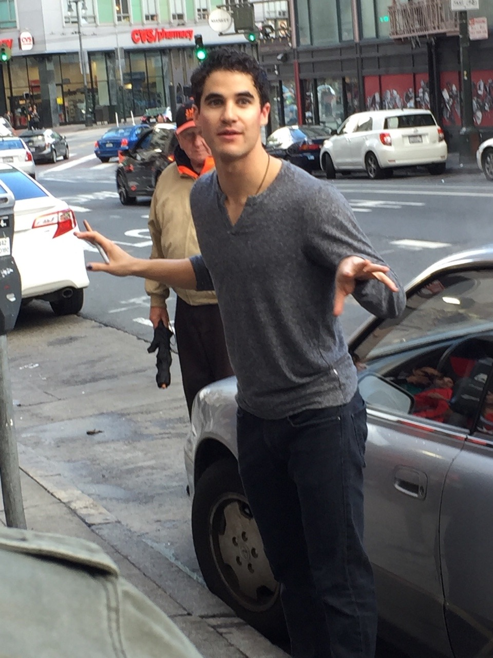 "publicarts - Pics, gifs, media videos, curtain call videos, stage door videos, and posts of ""who saw Darren"" in Hedwig and the Angry Inch--SF and L.A. (Tour),  - Page 3 Tumblr_of6b5hj1qL1qkcgv5o2_1280"