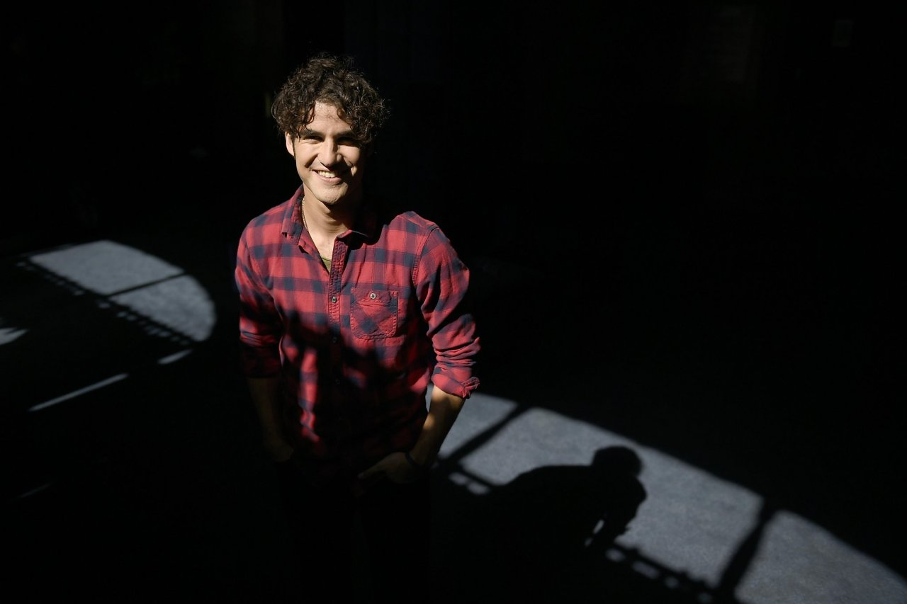 darrencriss - Photos/Gifs of Darren in 2016 - Page 2 Tumblr_ocoafd8O5I1u4l72go3_1280