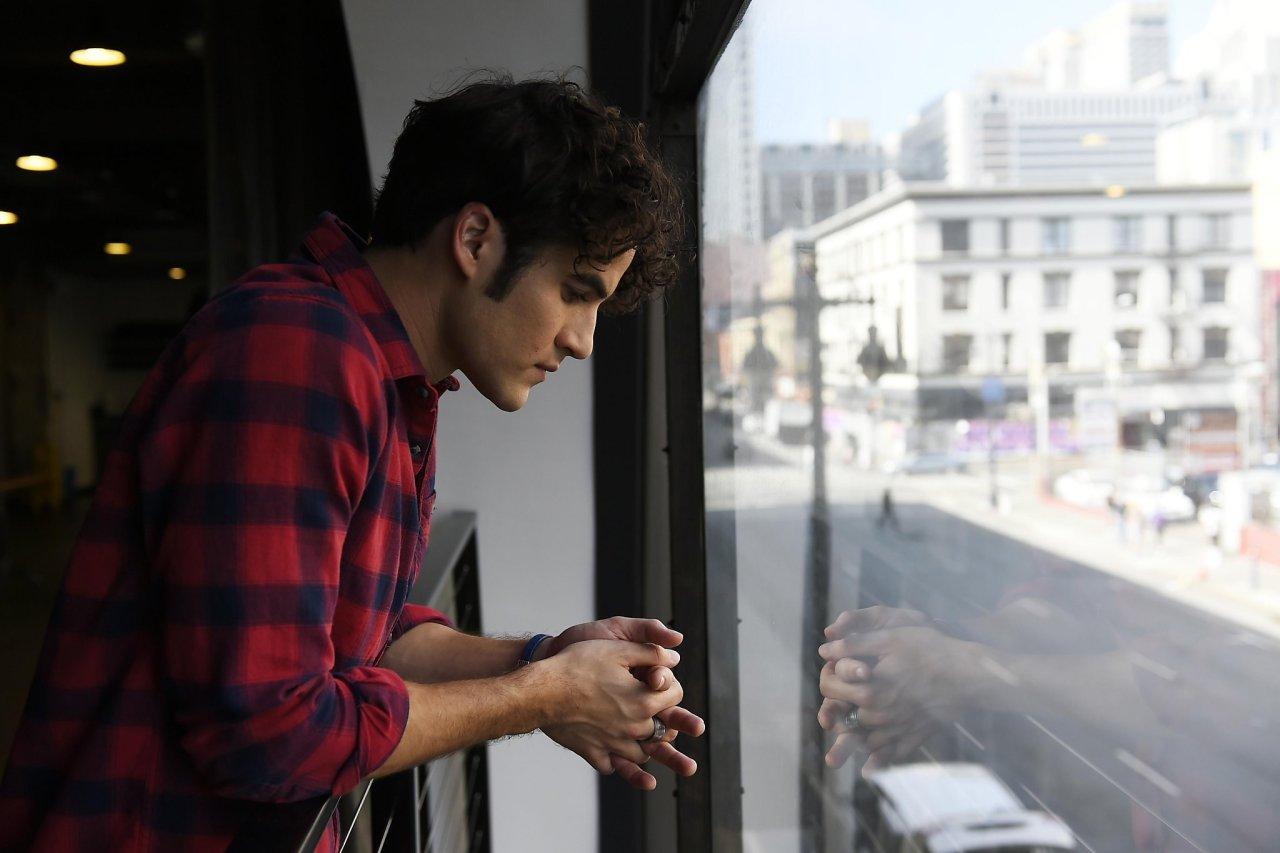 Photos/Gifs of Darren in 2016 - Page 2 Tumblr_ocoad7n5tt1u4l72go5_1280