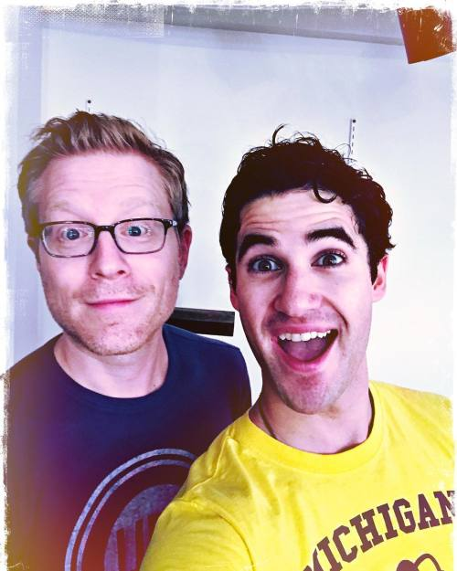 loveeachother - Fan Reviews, Media Reviews, and comments from members of the Media, about Darren in Hedwig and the Angry Inch--SF and L.A. Tour  - Page 3 Tumblr_ofu5ccPHJL1uetdyxo1_500