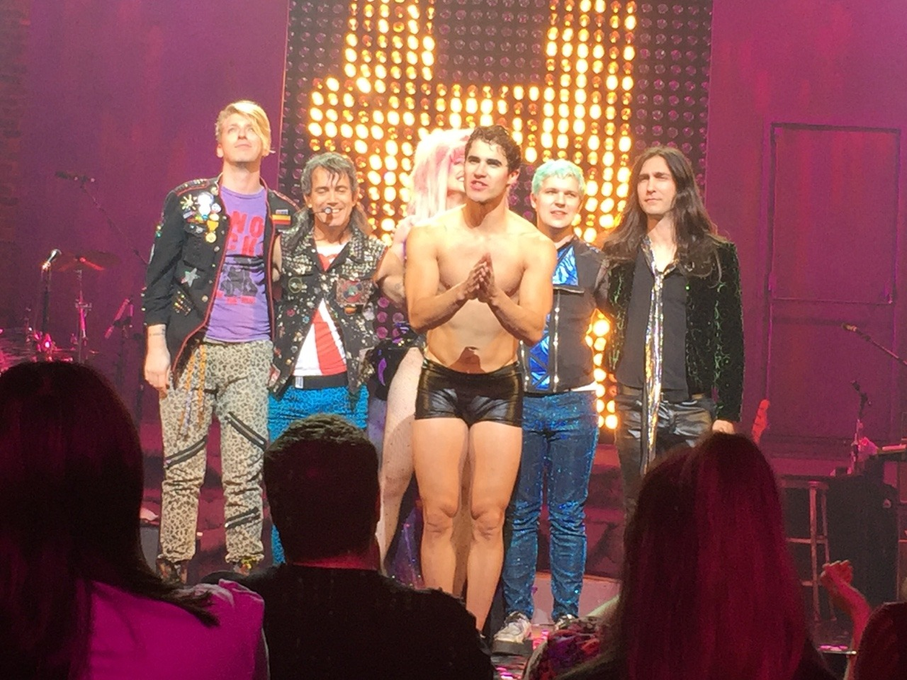 "hedwignationaltour - Pics, gifs, media videos, curtain call videos, stage door videos, and posts of ""who saw Darren"" in Hedwig and the Angry Inch--SF and L.A. (Tour),  - Page 3 Tumblr_ofa9hi2ong1qhk1jqo3_1280"