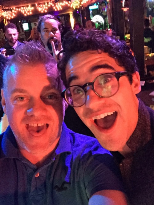 "DarrenIsHedwig - Pics, gifs, media videos, curtain call videos, stage door videos, and posts of ""who saw Darren"" in Hedwig and the Angry Inch--SF and L.A. (Tour),  - Page 4 Tumblr_ofjqx02eyC1uetdyxo1_500"