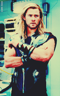 Chris Hemsworth - 200*320 Tumblr_notcjqYujB1taihpio3_250