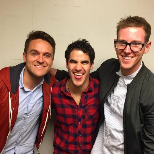 "cuter - Pics, gifs, media videos, curtain call videos, stage door videos, and posts of ""who saw Darren"" in Hedwig and the Angry Inch--SF and L.A. (Tour),  - Page 7 Tumblr_oh481heaMF1uetdyxo1_500"