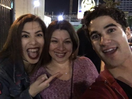 "versace - Pics, gifs, media videos, curtain call videos, stage door videos, and posts of ""who saw Darren"" in Hedwig and the Angry Inch--SF and L.A. (Tour),  - Page 6 Tumblr_ogspmnL9eI1uetdyxo6_500"