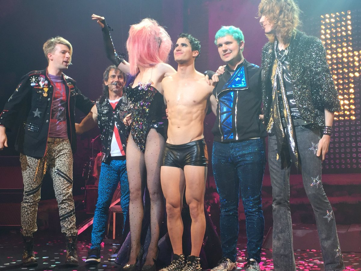 "socool - Pics, gifs, media videos, curtain call videos, stage door videos, and posts of ""who saw Darren"" in Hedwig and the Angry Inch--SF and L.A. (Tour),  - Page 2 Tumblr_oeoh4uRnlq1uetdyxo4_1280"