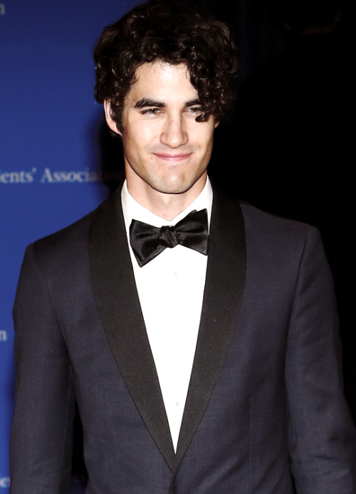 LittleMermaid - Photos/Gifs of Darren in 2016 Tumblr_o6h38178791u4l72go1_500
