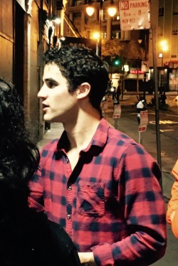 loveeachother - Fan Reviews, Media Reviews, and comments from members of the Media, about Darren in Hedwig and the Angry Inch--SF and L.A. Tour  - Page 3 Tumblr_ofss2s3ASg1rg2phgo1_250