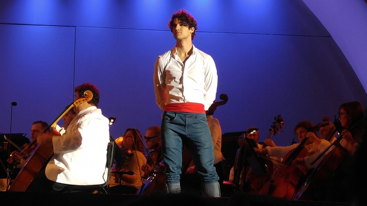 DARRENCRISS - The Little Mermaid at the Hollywood Bowl on June 3, 4, and 6, 2016 Tumblr_o8a9ikHnIt1qbu84eo5_1280