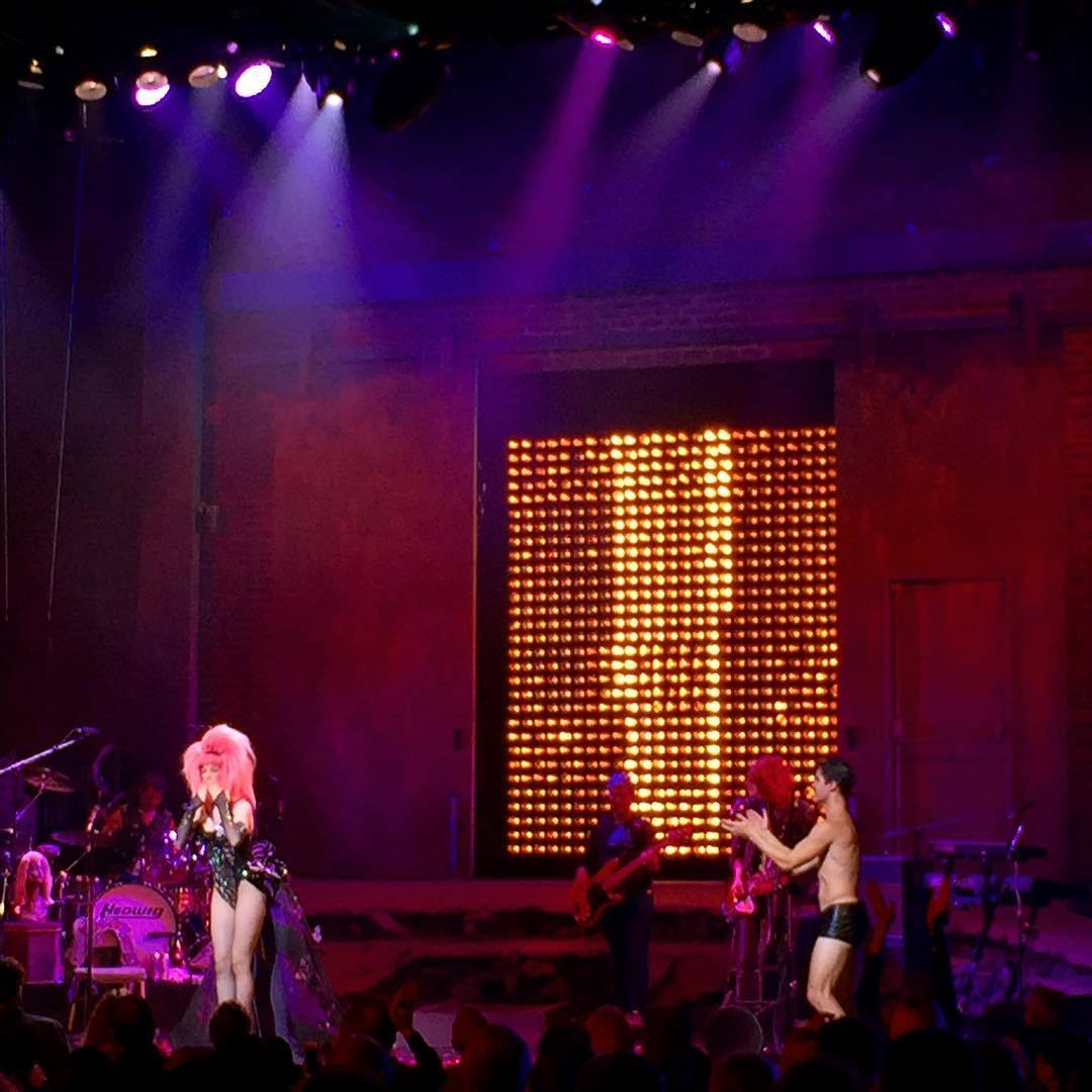 "hedwignationaltour - Pics, gifs, media videos, curtain call videos, stage door videos, and posts of ""who saw Darren"" in Hedwig and the Angry Inch--SF and L.A. (Tour),  - Page 3 Tumblr_of217byl3P1uetdyxo1_1280"