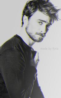 Daniel Radcliffe - 200*320 Tumblr_o7agysqrTS1r1hz6jo5_250