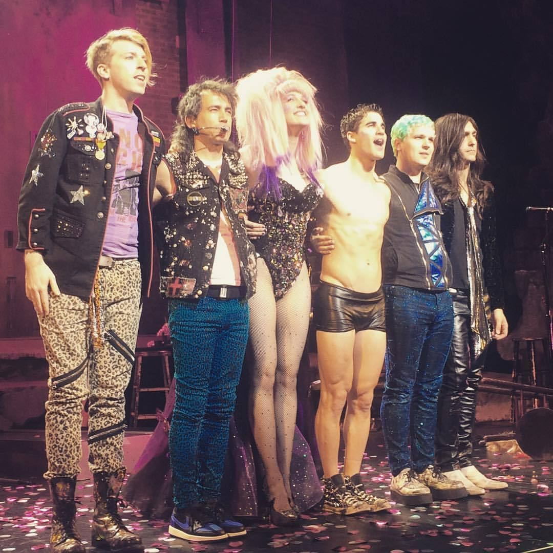 Theatre - Fan Reviews, Media Reviews, and comments from members of the Media, about Darren in Hedwig and the Angry Inch--SF and L.A. Tour  - Page 2 Tumblr_oeyivaQhGi1qlbe4wo1_1280