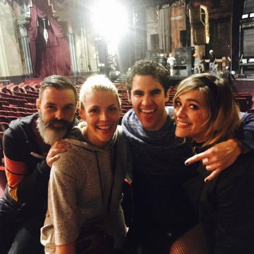 "cuter - Pics, gifs, media videos, curtain call videos, stage door videos, and posts of ""who saw Darren"" in Hedwig and the Angry Inch--SF and L.A. (Tour),  - Page 7 Tumblr_ohc634BVEM1qbool4o1_500"