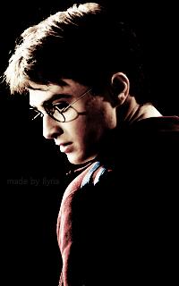 Daniel Radcliffe - 200*320 Tumblr_o7agtpe5jo1r1hz6jo8_250