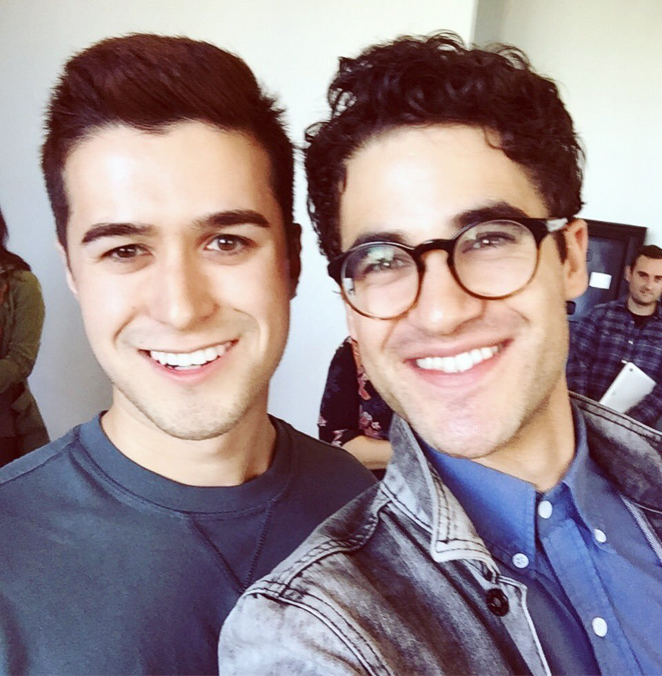 "BornEntertainer - Pics, gifs, media videos, curtain call videos, stage door videos, and posts of ""who saw Darren"" in Hedwig and the Angry Inch--SF and L.A. (Tour),  - Page 4 Tumblr_ofd51jWDp01uetdyxo1_1280"