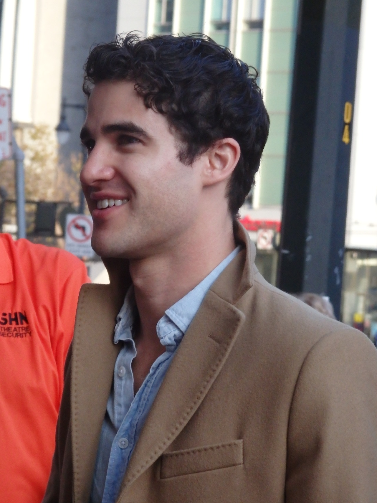 "BornEntertainer - Pics, gifs, media videos, curtain call videos, stage door videos, and posts of ""who saw Darren"" in Hedwig and the Angry Inch--SF and L.A. (Tour),  - Page 4 Tumblr_ofriqwVjlY1ru78h1o7_1280"
