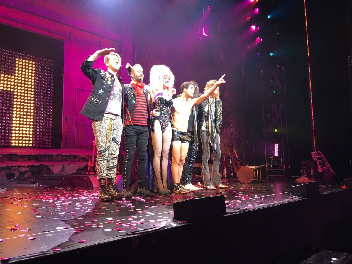 "BornEntertainer - Pics, gifs, media videos, curtain call videos, stage door videos, and posts of ""who saw Darren"" in Hedwig and the Angry Inch--SF and L.A. (Tour),  - Page 4 Tumblr_ofk8o2CU341uetdyxo2_1280"
