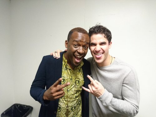 "GLEE - Pics, gifs, media videos, curtain call videos, stage door videos, and posts of ""who saw Darren"" in Hedwig and the Angry Inch--SF and L.A. (Tour),  - Page 5 Tumblr_og9fraojkq1uetdyxo1_500"