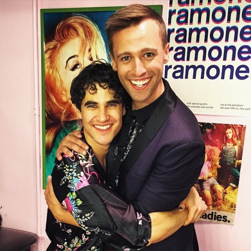 soproud - Who saw Darren in Hedwig and the Angry Inch on Broadway? Tumblr_noqf2ctwE11r4gxc3o1_500