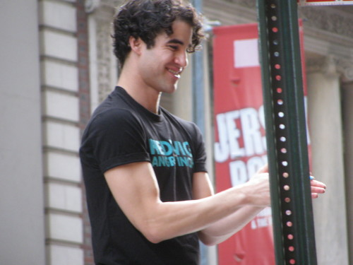 darrenishedwig - Pics and gifs of Darren in Hedwig and the Angry Inch on Broadway. - Page 2 Tumblr_nrrnjficDB1qaclnbo1_500