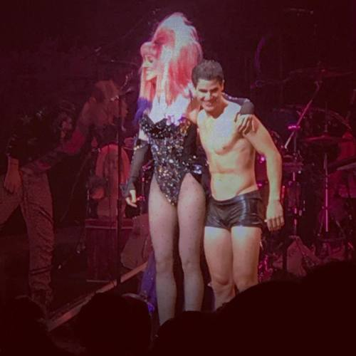 "hedwigram - Pics, gifs, media videos, curtain call videos, stage door videos, and posts of ""who saw Darren"" in Hedwig and the Angry Inch--SF and L.A. (Tour),  Tumblr_oeg0msMx2v1uetdyxo1_500"