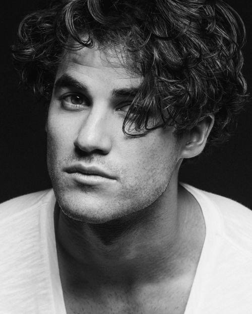 soproud - Photos/Gifs of Darren in 2016 - Page 2 Tumblr_oc8gdc3LuJ1uetdyxo1_500