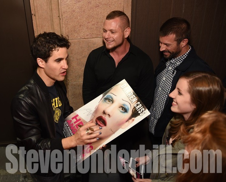 "DarrenIsHedwig - Pics, gifs, media videos, curtain call videos, stage door videos, and posts of ""who saw Darren"" in Hedwig and the Angry Inch--SF and L.A. (Tour),  - Page 4 Tumblr_ofkrf9nSqn1uetdyxo6_1280"