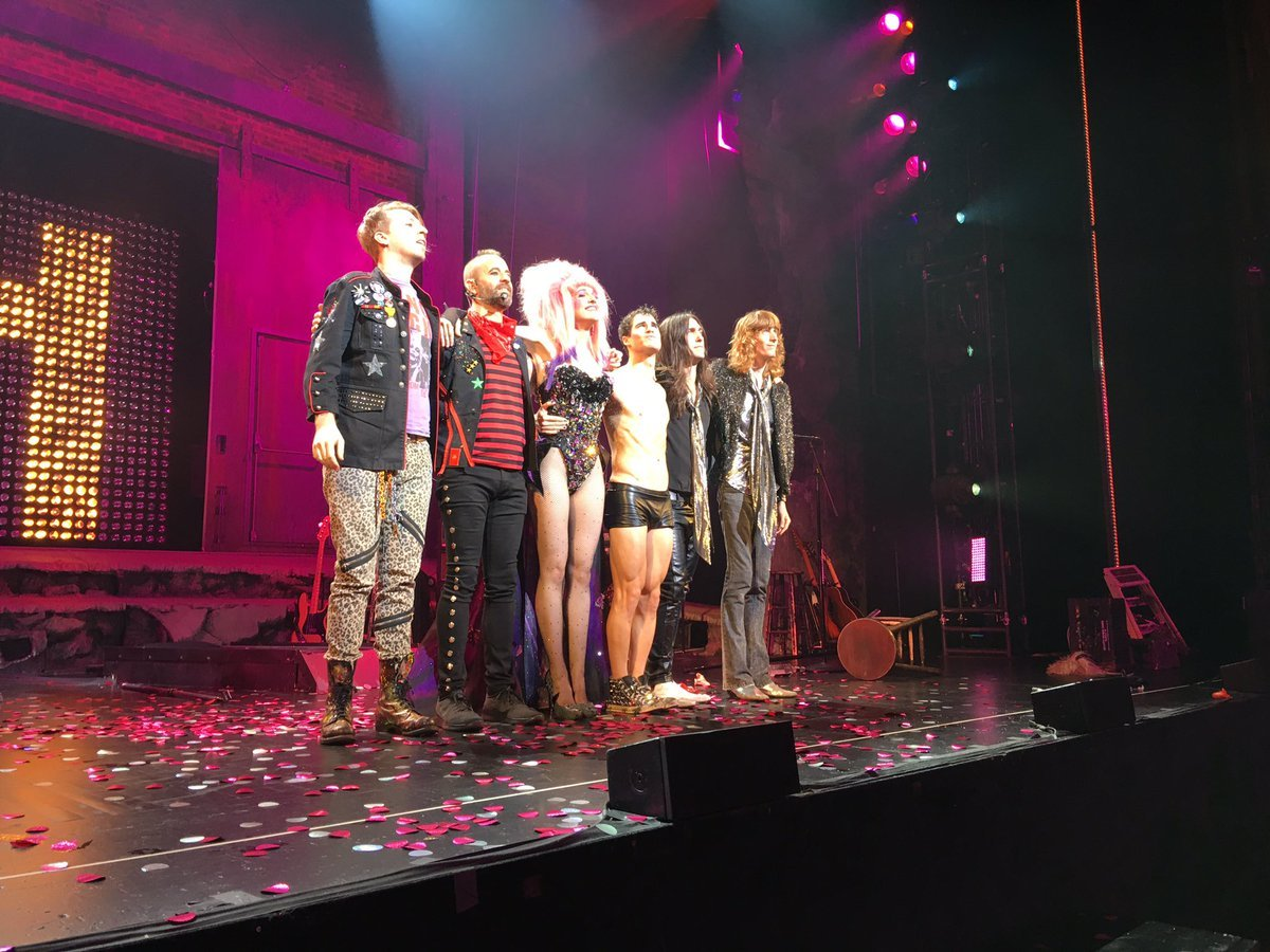 "hedwigandtheangryinch - Pics, gifs, media videos, curtain call videos, stage door videos, and posts of ""who saw Darren"" in Hedwig and the Angry Inch--SF and L.A. (Tour),  - Page 4 Tumblr_ofk8o2CU341uetdyxo3_1280"