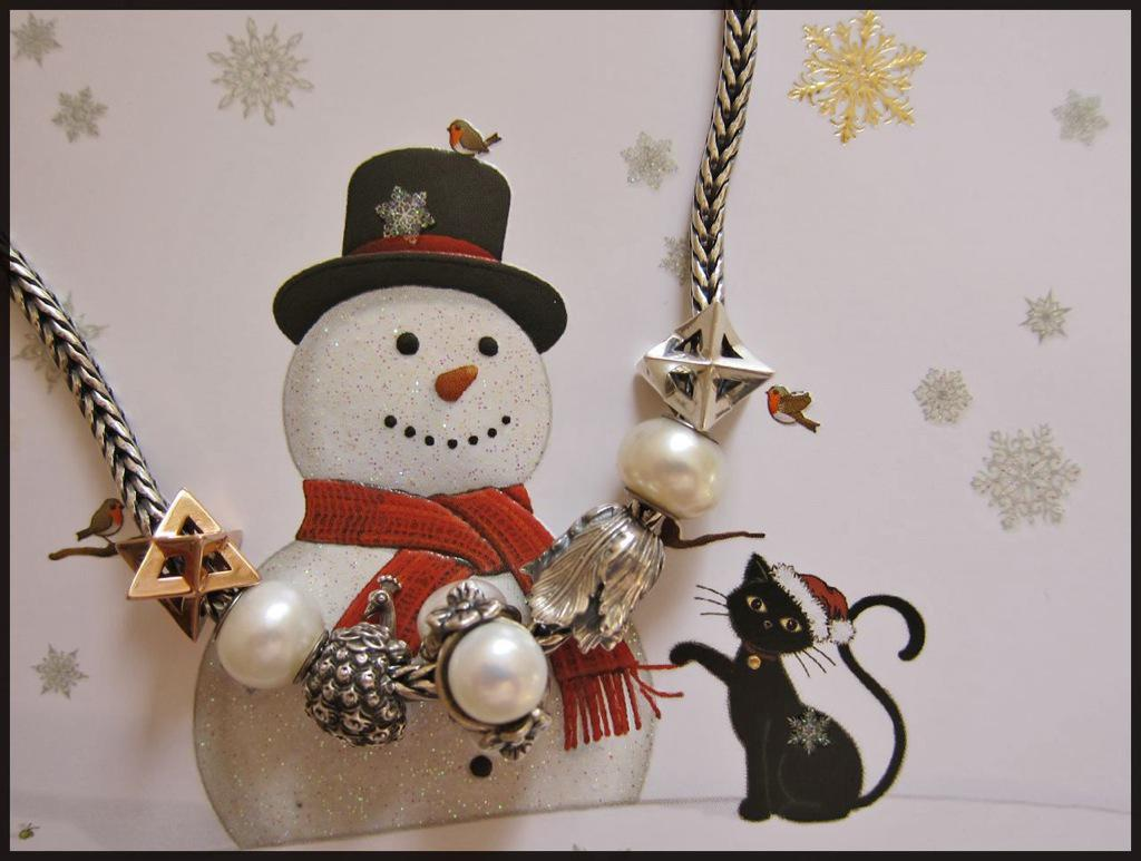 Merry Xmas from Cats :) Ckdiyjzdz4r9pca0i
