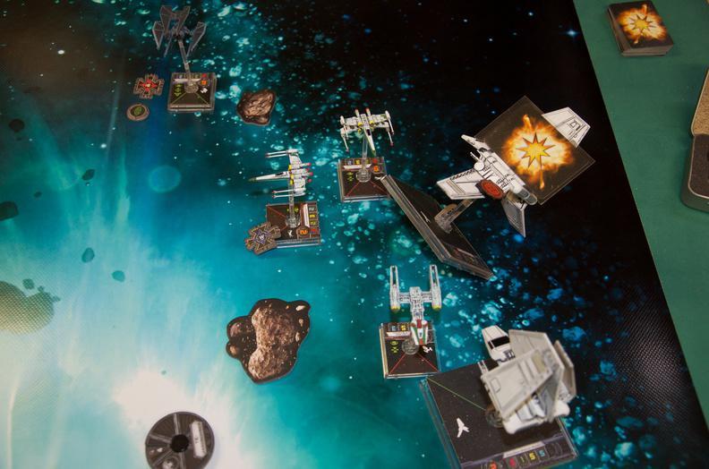 Die Ioniker vs. Bad Shuttles Cptue8krohmj3dlec