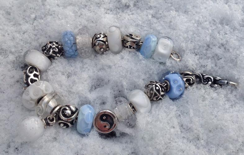 winter bracelets - pic heavy... D5n7opqbcqabegxcw
