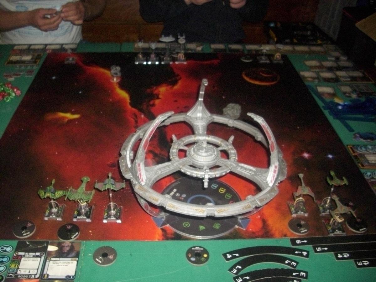 Der Kampf um das Herz des Kahless (Föderation vs.Klingonen, Argus System) D8jacj6cx1lyilx06