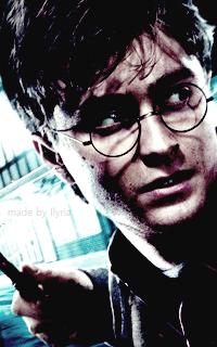 Daniel Radcliffe - 200*320 Tumblr_o7ah66NFNE1r1hz6jo6_250