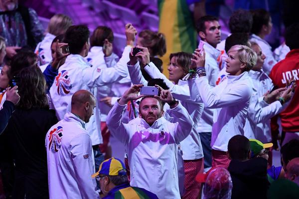 Así fue la ceremonia de clausura de los Juegos Olímpicos 2016. - Página 2 Tumblr_ocb8vrMEev1ttlfhbo1_1280